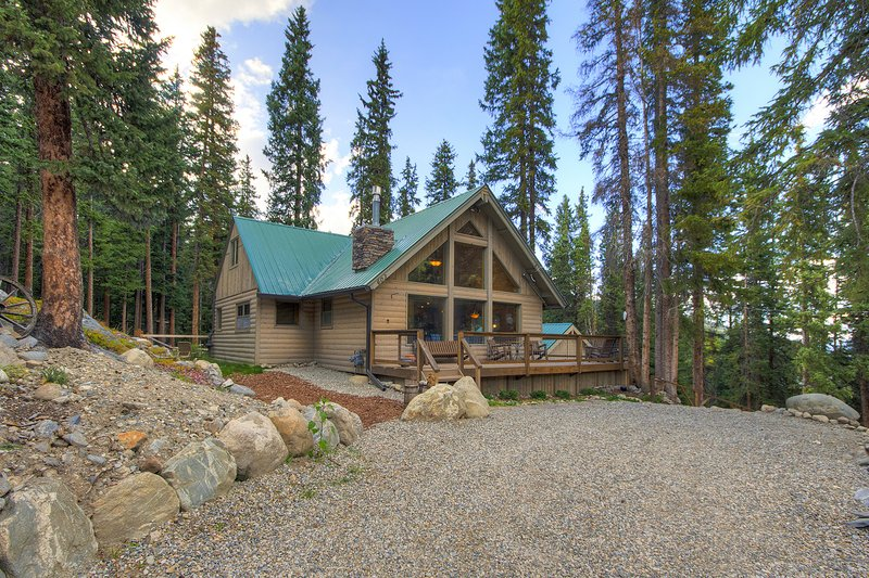 FREE SkyCard Activities - Large Deck, Forest Views, Gas Fireplace - Black Bear, holiday rental in Alma