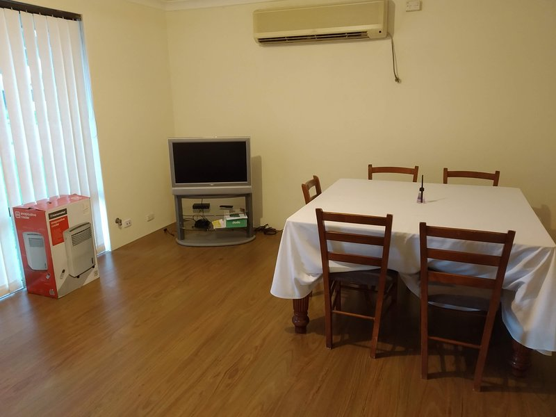 Perfect For Family / Group Travelers, vacation rental in Wattle Grove