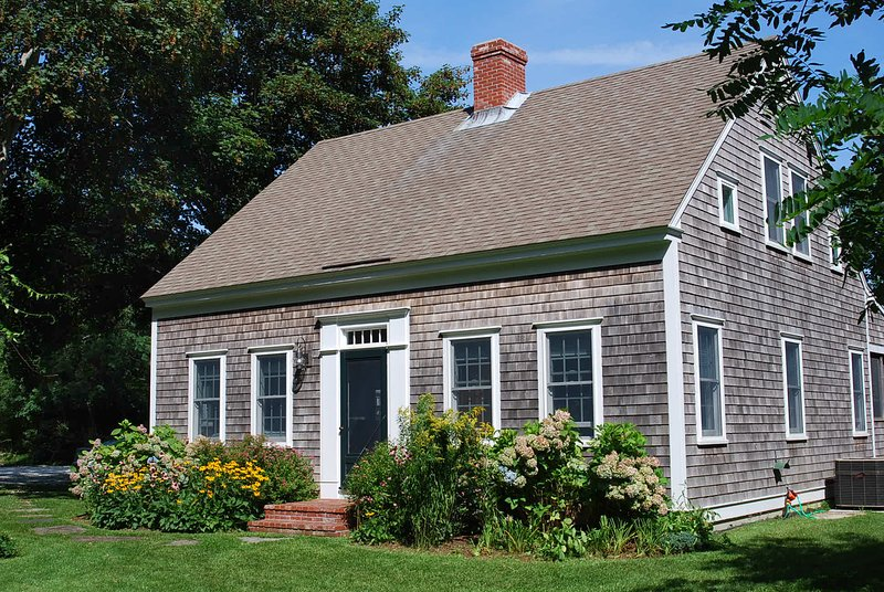 A SECLUDED GEM IN WELLFLEET VILLAGE, location de vacances à Wellfleet