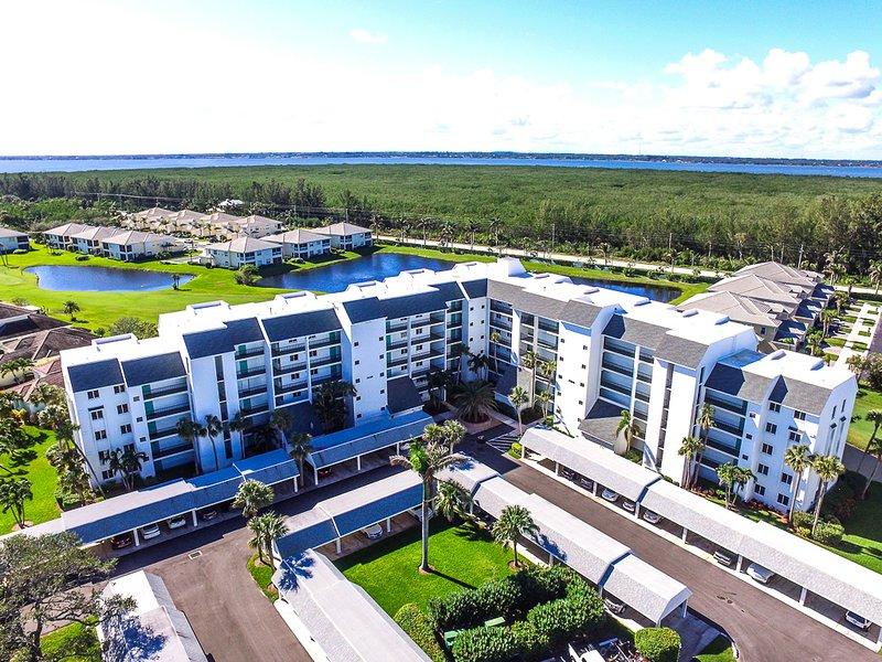 CT 7153 Ocean View Condo - Welcome to Paradise, aluguéis de temporada em Hutchinson Island