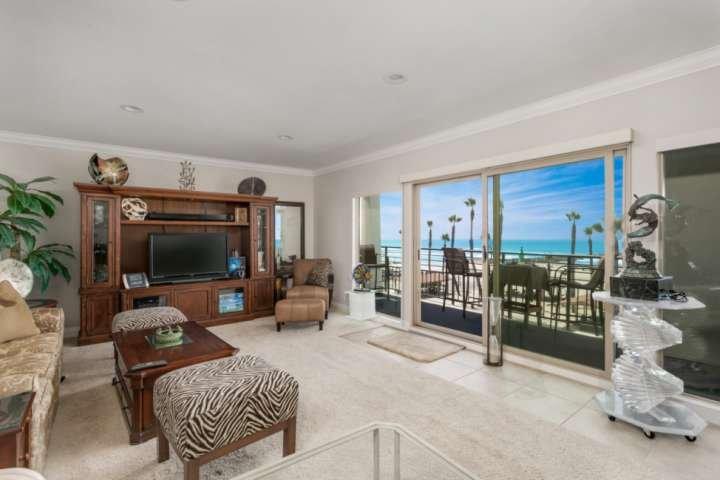 Penthouse - Ocean & Beach View 401A, vacation rental in Oceanside