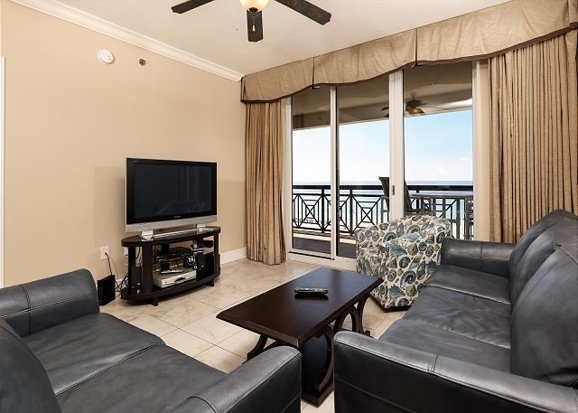 Azure 504: SLEEPS 10! 5th floor, FREE BEACH SVC, holiday rental in Fort Walton Beach