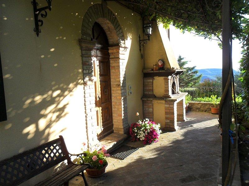 Bed & Breakfast in Appartamento piano terra dotato di giardino., holiday rental in San Presto