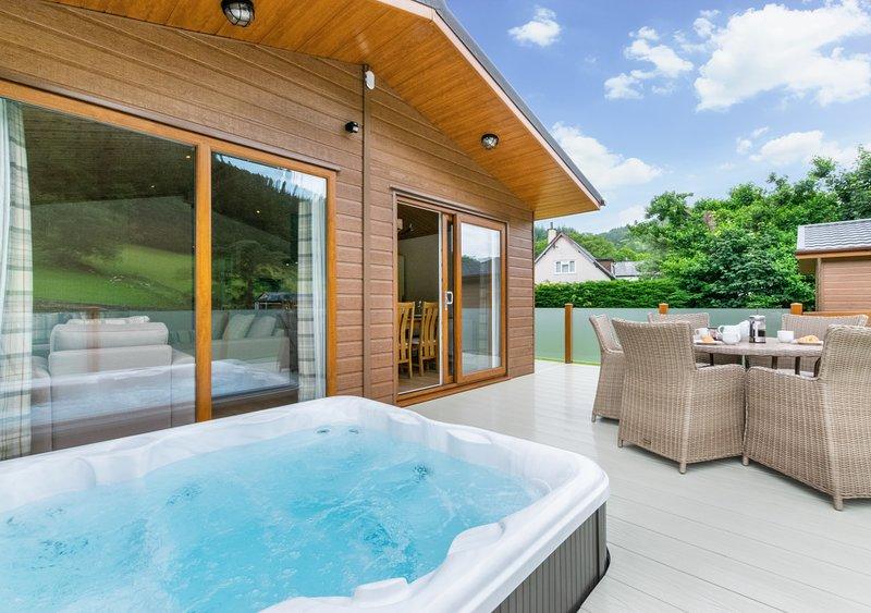 Llyn Conwy Lodge, holiday rental in Capel Curig