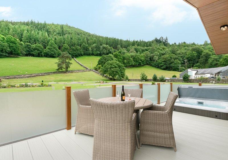 Llyn Dinas Lodge, holiday rental in Capel Curig