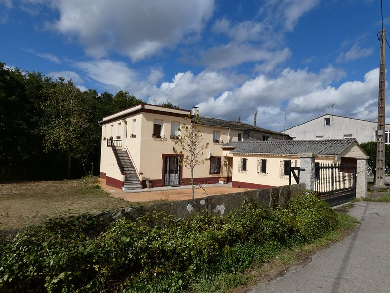 Casa de Corbelle, location de vacances à Pol