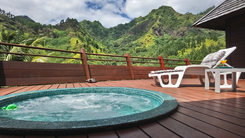 Legends Resort Moorea 6pax Océan de verdure, holiday rental in Ha'apiti