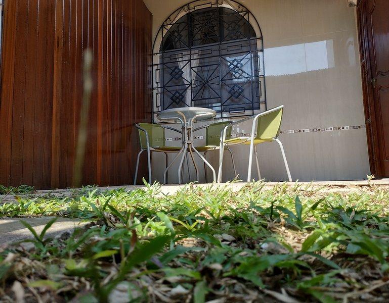 CASA AMOBLADA  ALAMEDAS APARTMENT, holiday rental in Ucayali Region