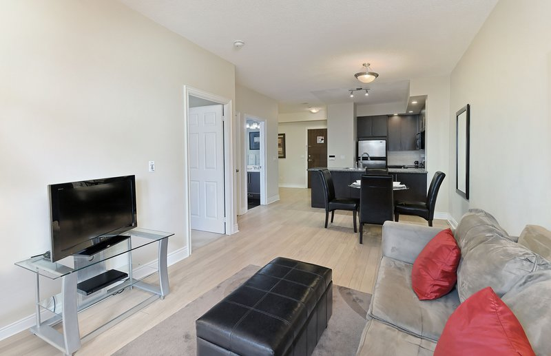 Circa - 1 Bedroom/1 Bathroom Suite, aluguéis de temporada em Newmarket