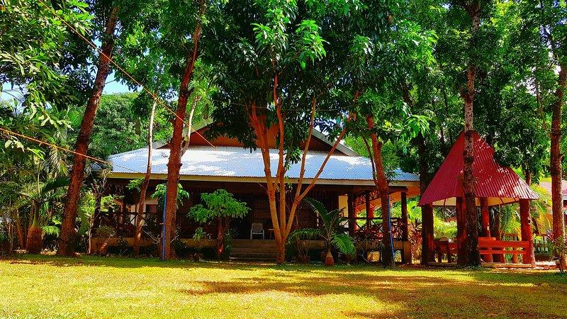THE PELICAN'S RESORT, vacation rental in Calabarzon Region