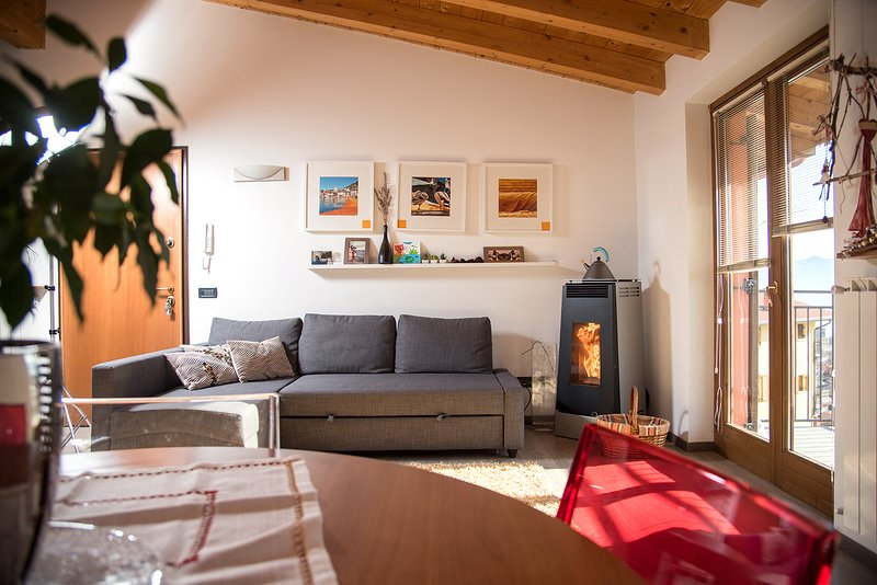 casa vacanza, holiday rental in Bossico