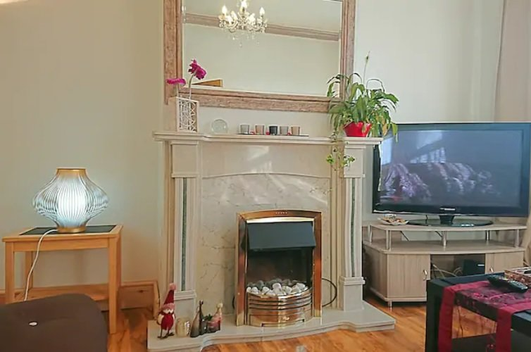 Charming Victorian - Very close to York's city walls & free parking, vacation rental in Clifton