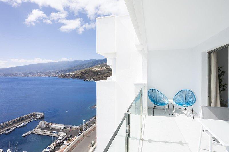 Lujosos apartamentos frente al mar 1.1, location de vacances à Radazul