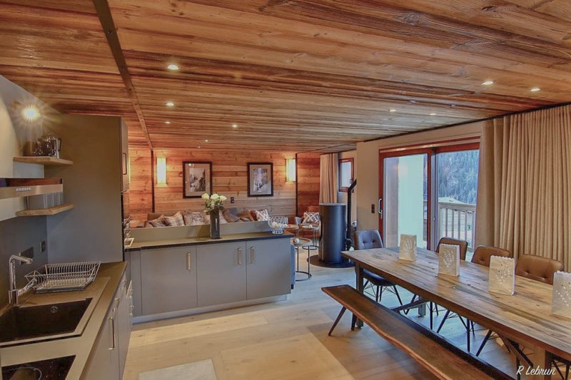 Chalet Astraea - Stunning high end 11 person chalet with garage, holiday rental in Peisey-Vallandry