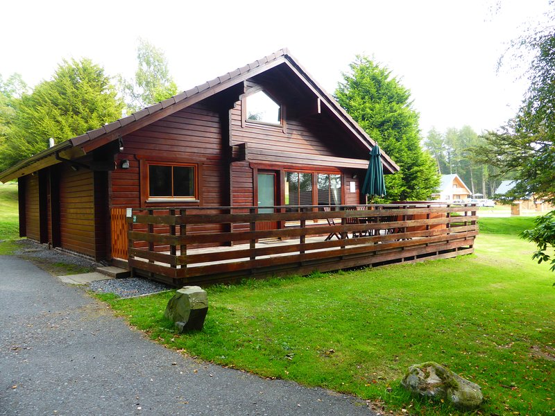 Lady Galloway Lodge 27 with Hot Tub,Newton Stewart, vacation rental in Newton Stewart