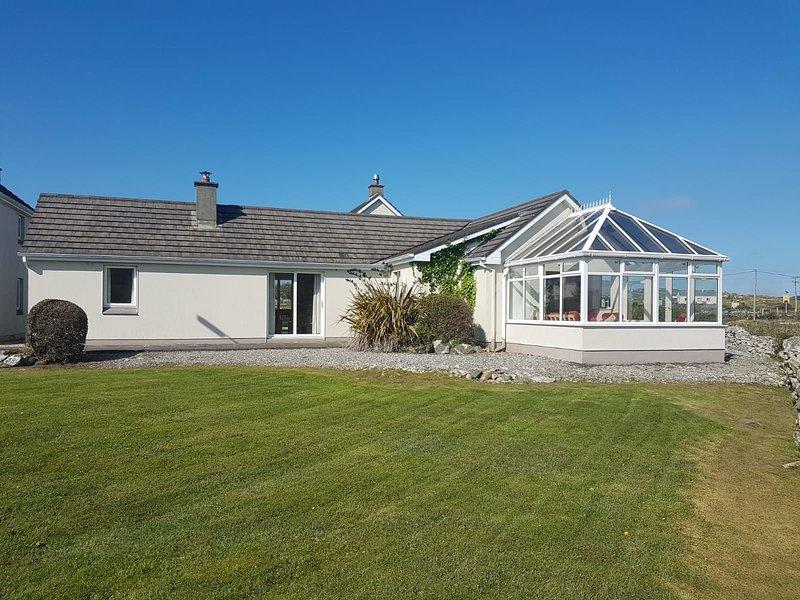 No 3 Ballyconneely Cottage, Aillebrack, alquiler de vacaciones en Ballyconneely