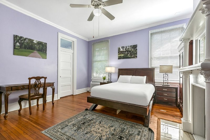 Boutique Studio Next to City Park, holiday rental in Metairie