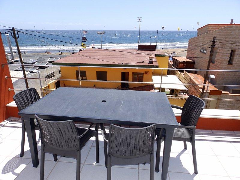 Duplex Sea Views Medano, holiday rental in La Tejita