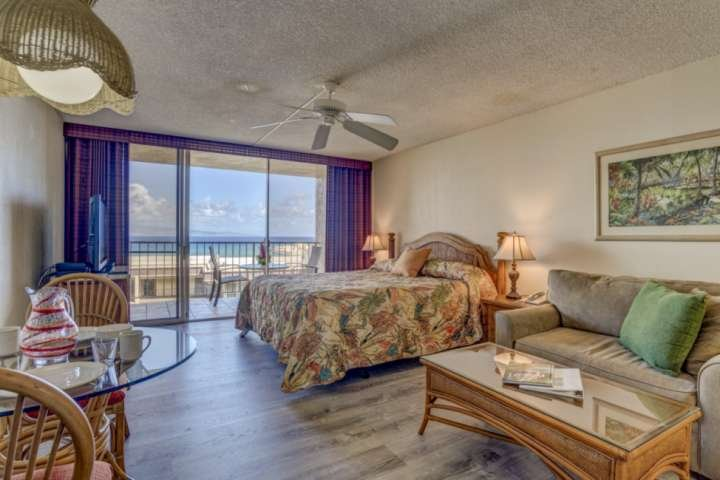 Fall Rat Special - Royal Kahana Air Conditioned Ocean View Studio!, holiday rental in Lahaina