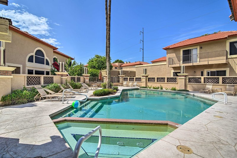 Book this Phoenix townhome today!