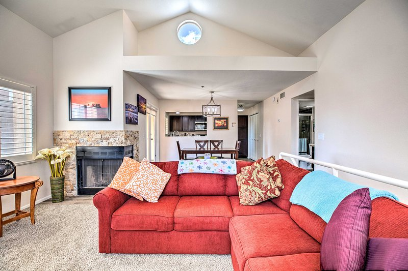 This 2-bedroom, 2-bathroom condo is perfect for groups of 4 visiting ASU.