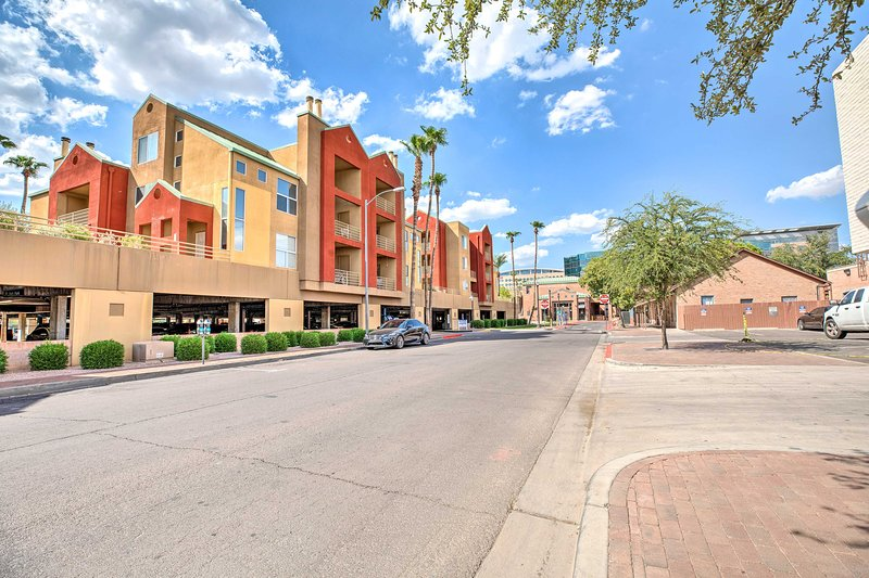 With this condo you are centrally located in Tempe.