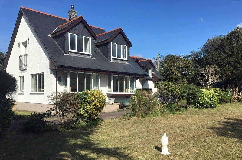 Marshbank Holiday Cottage, holiday rental in Borth