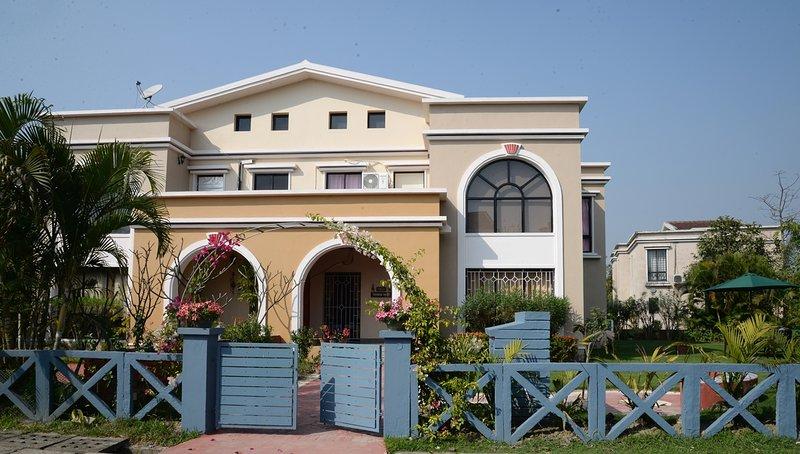 Maay'er Bari - a vila mais luxuosa e melhor em Raichak