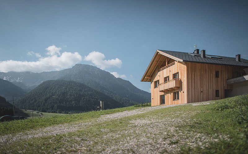 Rotmoos Apartments Urlaub auf dem Bauernhof, vacation rental in Valle di Casies