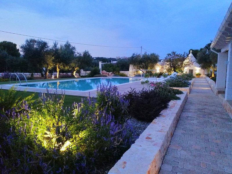 Trullo Genesi, alquiler de vacaciones en Cisternino