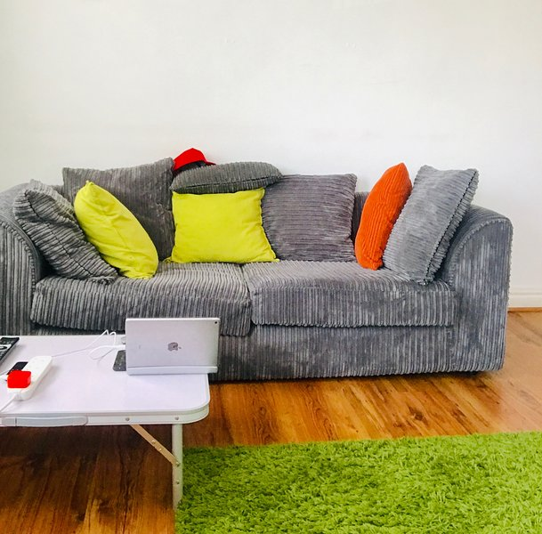 Powell Place Apartment, holiday rental in Walsall