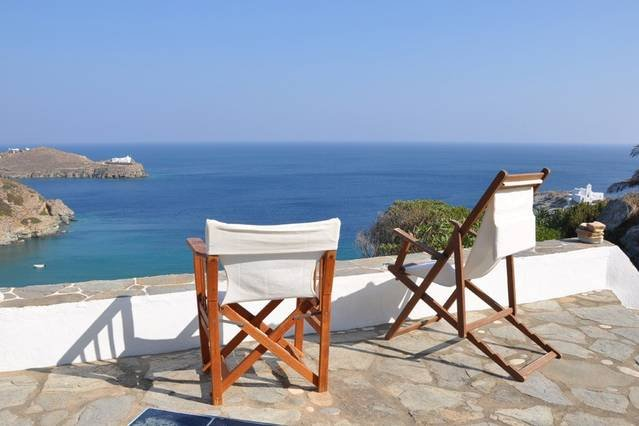 Chrysopigi house in Sifnos, holiday rental in Chrisopigi