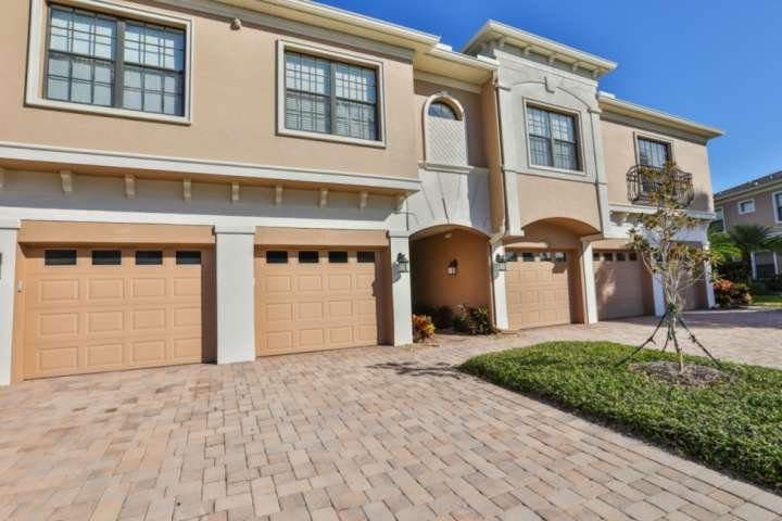 This unit has a garage and access to main level downstairs.