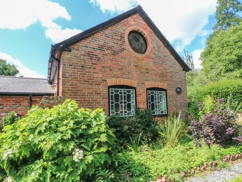 The Coach House, 3 bedrooms, perfect for families and friends,Tisbury, casa vacanza a Tisbury