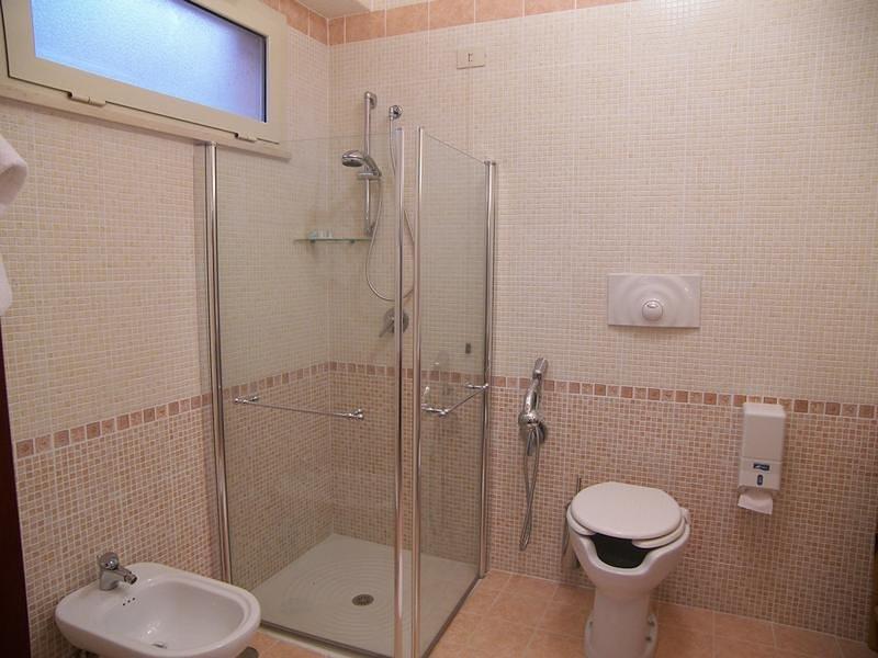 Villa Des Reves camera per 3 nel verde vicino a Montecassino, holiday rental in Sant'Elia Fiumerapido