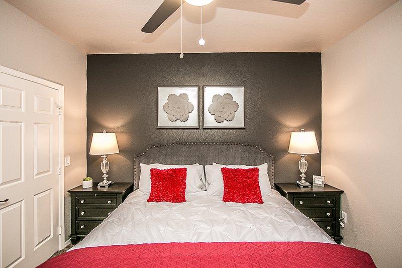 Palacio Scottsdale Executive 2 bedroom King~Close to ...