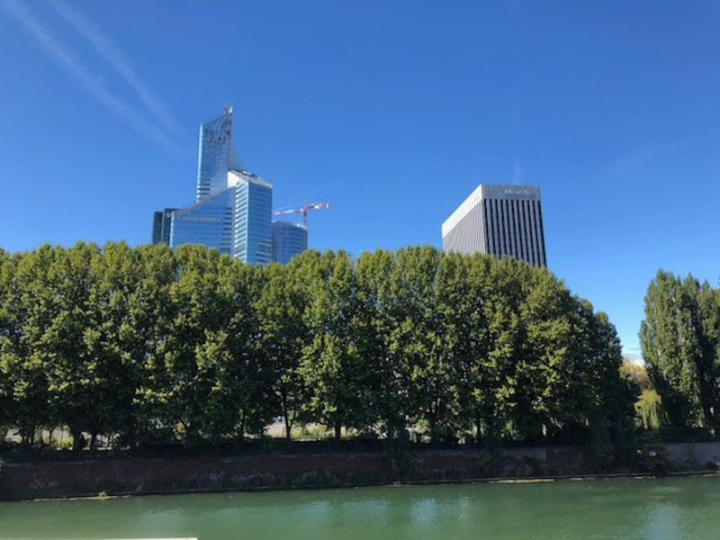 Neuilly - close to the Seine river and La Défense