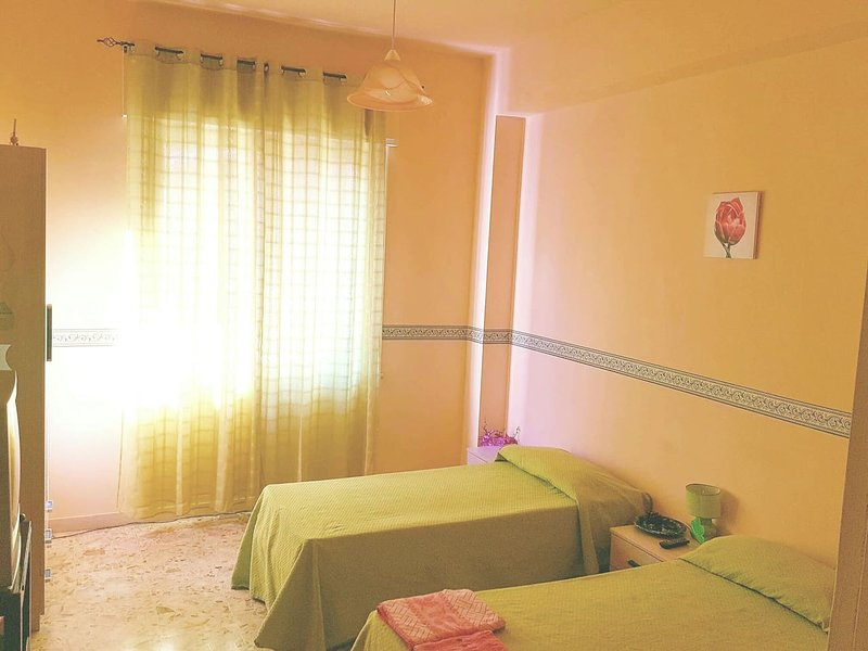 Room equipped with all comforts, TV, wifi, private bathroom