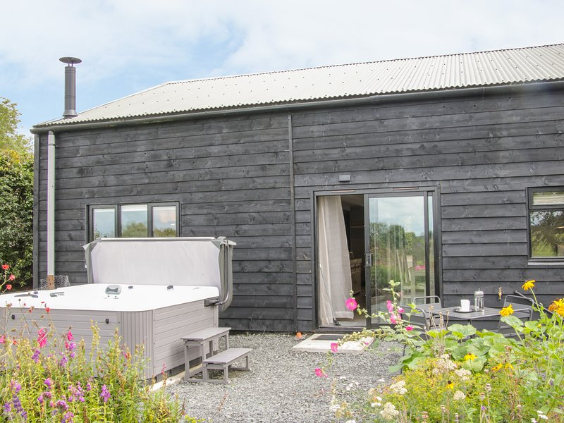 The Pig Shed  -Sty 2, Tenbury Wells, holiday rental in Boraston