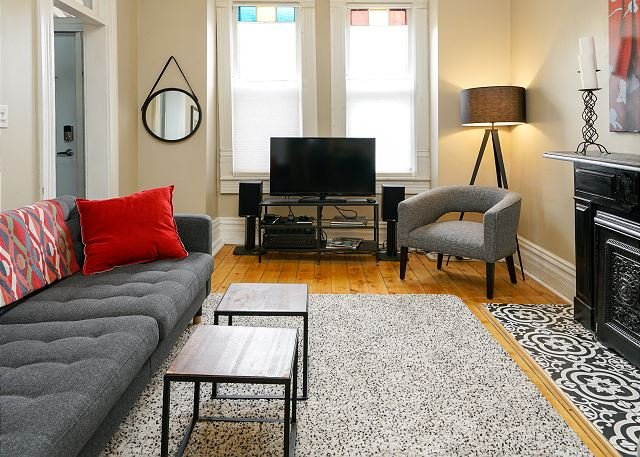 Updated Home in Vibrant Five Points Neighborhood - Walk to Downtown Denver, vacation rental in Denver