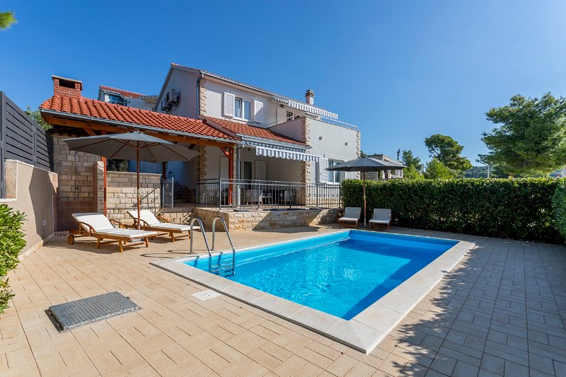 Villa Maslinica - New villa with a swimming pool, holiday rental in Solta Island