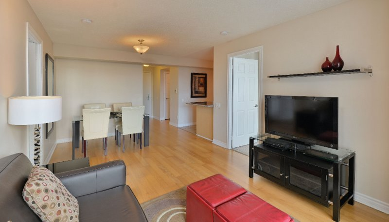 Forest Vista - 2 Bedroom/2 Bathroom Suite, holiday rental in Richmond Hill