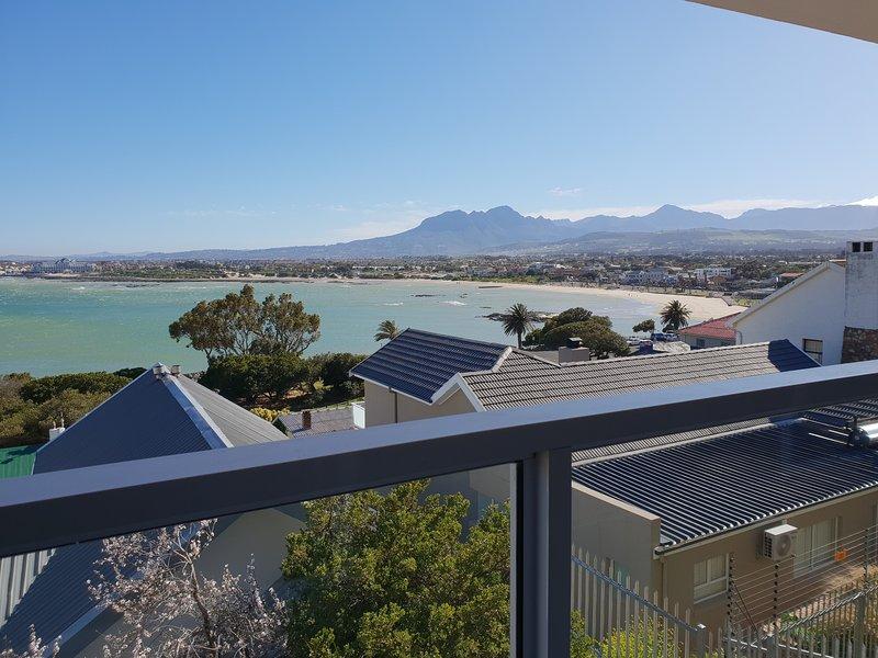 Uitzicht vanaf balkon 2