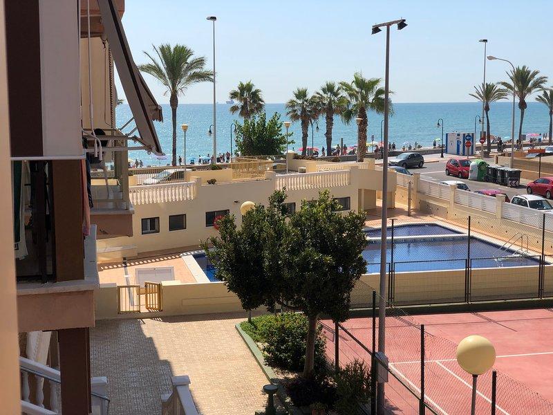 Benicássim Jamaica 1º línea de playa - RENTAL HOLIDAYS -, alquiler vacacional en El Grao