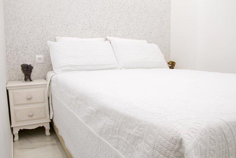 Coqueto apartamento en el centro de Sevilla, aluguéis de temporada em Castilblanco de los Arroyos