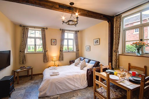 Woodleighton Cottages - The Old Stables, casa vacanza a Uttoxeter