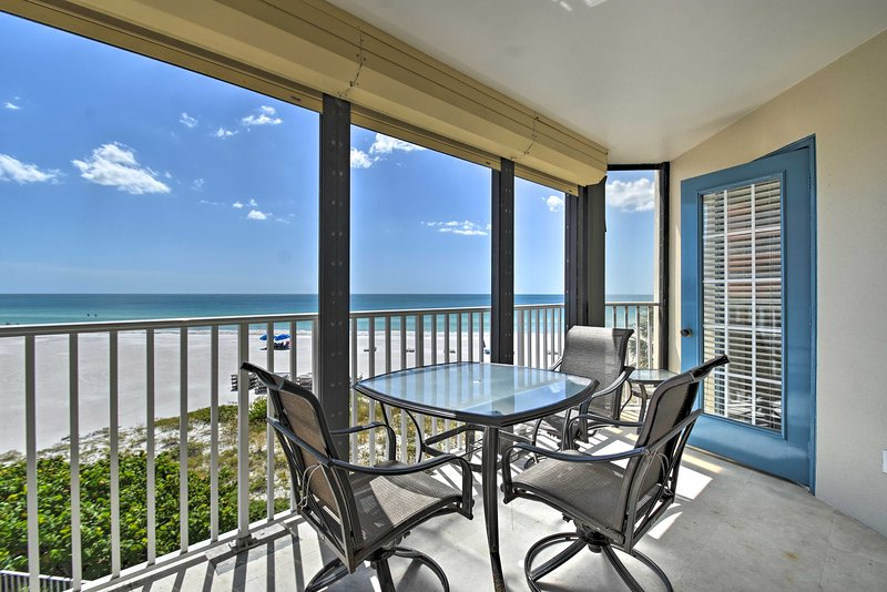 This vacation rental boasts a location right on the beachfront of Indian Shores!