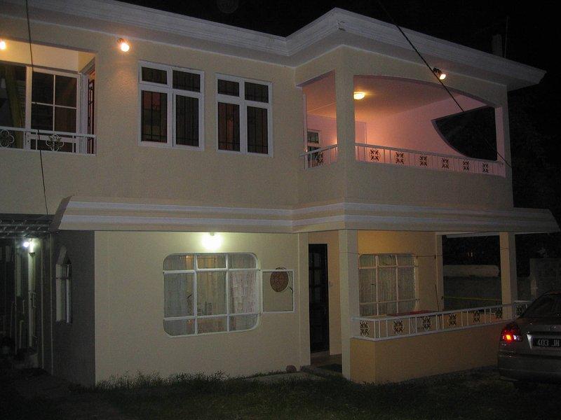 Bungalow Casa Au Cap - Au 1er Etage, vacation rental in Grand Baie