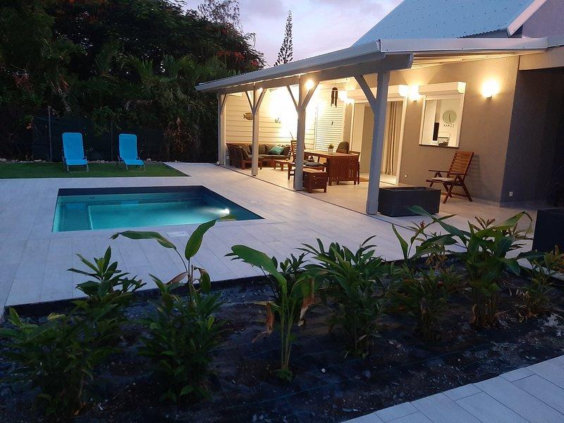 ARCHIPEL MAIMEO LA MALA - Villa de charme/ Piscine/Clim/2 chambres, vacation rental in Saint Francois