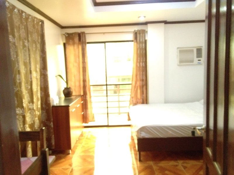 Jem's residence inn, holiday rental in Panay Island